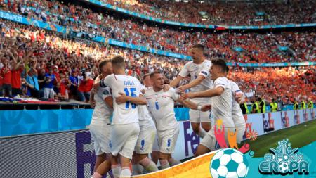 Pertandingan babak 8 besar Euro 2020 yang mempertemukan Rep Ceko vs Denmark membuat Valentino Simanjuntak tercengang dibuatnya. - INDOSPORT