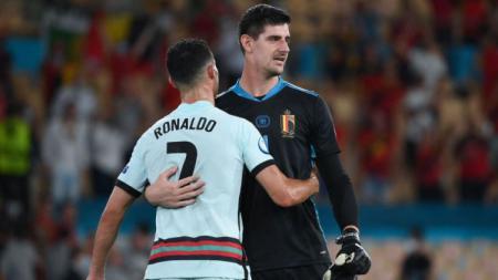 Thibaut Courtois mencurahkan unek-unek dihatinya soal jadwal pertandingan yang terlalu padat. Kiper Timnas Belgia itu bahkan menyebut jika UEFA mata duitan. - INDOSPORT