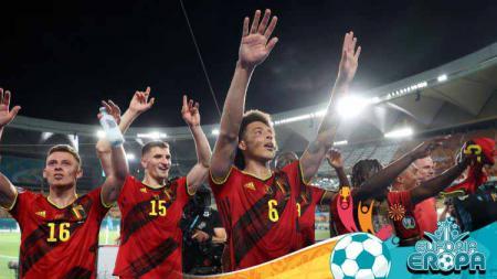 Belgia merayakan lolos ke perempat final Euro 2020. - INDOSPORT