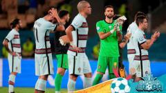 Indosport - Tim yang menyandang status juara bertahan di Euro 2020, Timnas Portugal terpaksa harus tersingkir usai dibekuk oleh Timnas Belgia.