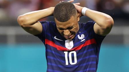 Kylian Mbappe menyesal usai gagal mencetak gol di laga Prancis vs Swiss - INDOSPORT