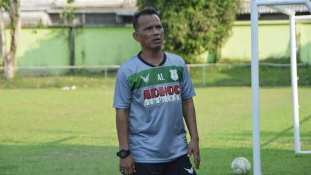 Kendati uji coba PSMS Medan kontra Persiraja Banda Aceh kemarin tak maksimal, Pelatih PSMS Ansyari Lubis tetap mengaku ada pelajaran yang diambil dari laga itu. - INDOSPORT