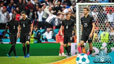 Para pemain Timnas Jerman terlihat sedih usai dikalahkan Timnas Inggris.