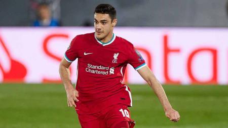 Ozan Kabak, pemain Liverpool. - INDOSPORT