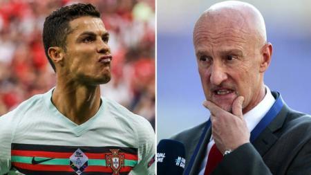 Meski sudah tak berjibaku lagi di Euro 2020, pelatih Timnas Hungaria, Marco Rossi masih menebarkan sensasi. - INDOSPORT