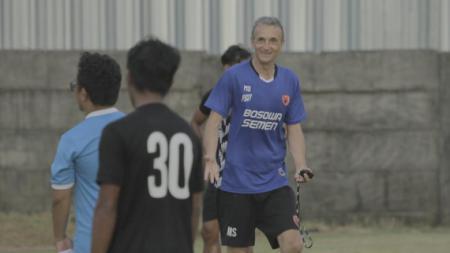 Pelatih PSM Makassar, Milomir Seslija. - INDOSPORT