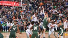 Indosport - Final NBA 2021, Phoenix Suns vs Milwaukee Bucks (12/07/21).