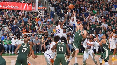Final NBA 2021, Phoenix Suns vs Milwaukee Bucks (12/07/21). - INDOSPORT
