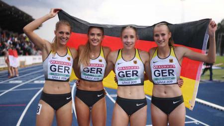 Atlet lari asal Jerman, Alica Schmidt (kedua dari kiri). - INDOSPORT