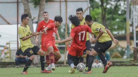 PSM Makassar menggelar uji coba sebagai pramusim Liga 1. - INDOSPORT