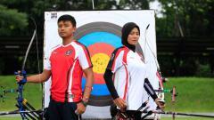 Indosport - Atlet panahan Indonesia, Riau Ega Agatha dan Diananda Choirunisa