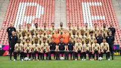 Indosport - Setelah penantian yang cukup panjang, pesepakbola Indonesia Amiruddin Bagus Kahfi masuk tim utama Jong Utrecht, dan memamerkan potretnya di media sosial.