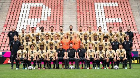 Setelah penantian yang cukup panjang, pesepakbola Indonesia Amiruddin Bagus Kahfi masuk tim utama Jong Utrecht, dan memamerkan potretnya di media sosial. - INDOSPORT