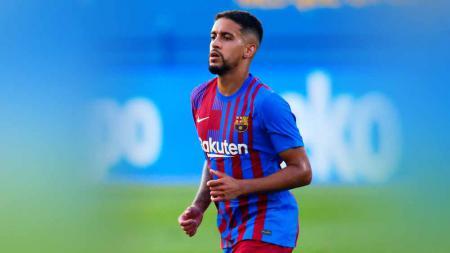 Gelandang asal Brasil, Matheus Fernandes, secara terbuka mengakui jika Barcelona telah memperlakukannya dengan semena-mena. - INDOSPORT
