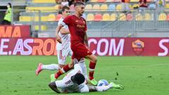 Indosport - Lorenzo Pellegrini kala mencetak gol di laga pramusim AS Roma vs Debreceni.