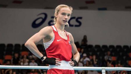 Svetlana Soluyanova, petinju asal Rusia di Olimpiade Tokyo 2020. - INDOSPORT