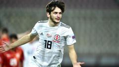 Indosport - Bintang muda Georgia incaran AC Milan, Khvicha Kvaratskhelia.