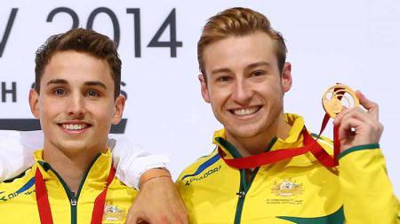 Matthew Mitcham (kanan), Atlet Gay Pertama yang Sabet Medali Emas di Olimpiade - INDOSPORT