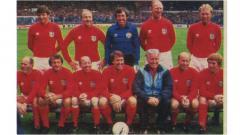 Indosport - Pertandingan amal antara Inggris versus Jerman Barat, 28 Juli 1985.