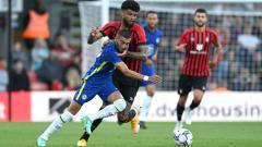 Indosport - Duel pemain Chelsea dan Bournemouth di laga pramusim, Rabu (28/07/21) dini hari WIB.