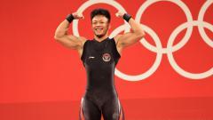 Indosport - Lifter Indonesia, Rahmat Erwin Abdullah, raih perunggu di Olimpiade Tokyo 2020.