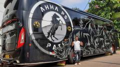 Indosport - Chairman AHHA PS Pati, Atta Halilintar, meminta para pemainnya bisa menjaga etika ketika menghadapi Persis Solo di Liga 2.