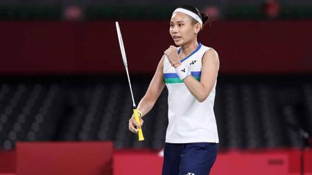 Tai Tzu-ying, pebulutangkis China Taipei memenangkang pertandingan melawan Ratchanok Intanon dari Thailand selama Olimpiade Tokyo 2020. - INDOSPORT