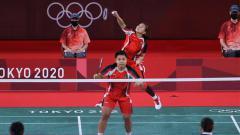 Indosport - Aksi Greysia Polii/Apriyani Rahayu ke final Olimpiade Tokyo