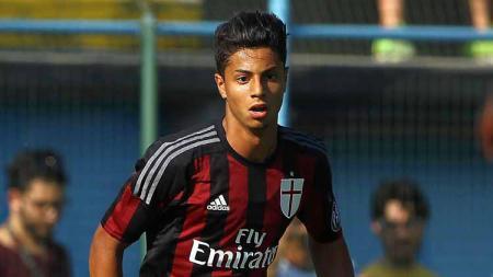 Hachim Mastour saat masih membela AC Milan. - INDOSPORT
