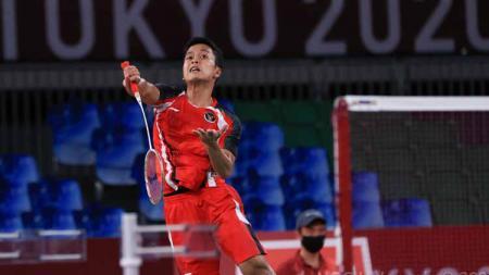 Anthony Ginting kalah tipis, membuat Indonesia tertinggal 0-1 kontra Thailand dalam laga kedua  penyisihan Grup A Piala Thomas 2020. - INDOSPORT
