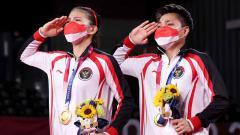 Indosport - Ganda putri Indonesia Greysia Polii/Apriyani Rahayu berhasil meraih medali emas Olimpiade Tokyo 2020.