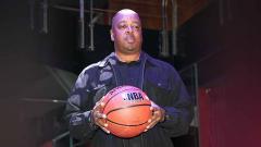 Indosport - Spud Webb, mantan pemain basket profesional Amerika.