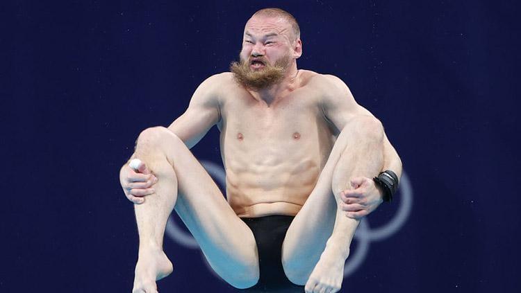 Atlet loncat Indah dari Rusia di Olimpiade Tokyo 2020, Evgenii Kuznetsov. Copyright: Ian MacNicol/Getty Images