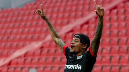 Leon Bailey merapat dari Bayer Leverkusen ke Aston Villa. - INDOSPORT