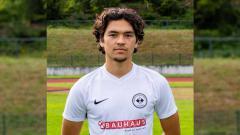 Indosport - Kelana Noah Mahessa, pemain klub Liga Jerman keturunan Indonesia.