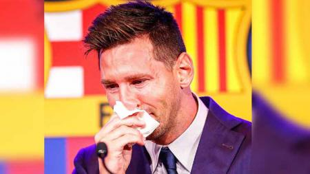 Lionel Messi saat perpisahan dengan Barcelona. - INDOSPORT