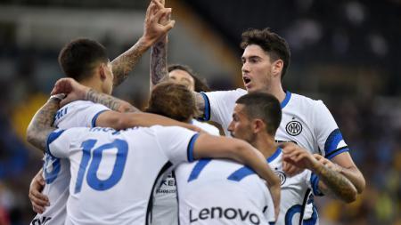 Situasi pertandingan pramusim antara Parma vs Inter Milan. - INDOSPORT