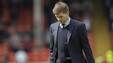 Calon penerus Jurgen Klopp di Liverpool, Steven Gerrard, dirumorkan masuk ke dalam bursa pelatih anyar Newcastle United. - INDOSPORT