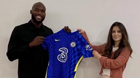 Romelu Lukaku resmi bergabung kembali dengan Chelsea - INDOSPORT