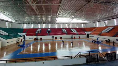 Venue bola basket di kawasan Mimika Sport Complex (MSC) untuk PON XX. - INDOSPORT