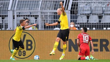 Borussia Dortmund dan Vfb Stuttgart mengawali kampanye Bundesliga mereka dengan kemenangan bertabur banyak gol. - INDOSPORT