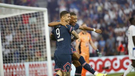 Mauro Icardi dan Kylian Mbappe di laga Ligue 1 Prancis Paris Saint-Germain vs Strasbourg - INDOSPORT