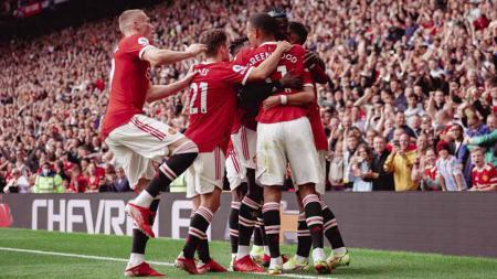 Jelang laga lanjutan Liga Inggris 2021/22 kontra Leicester City, Manchester United dikabarkan bakal merotasi tiga pilarnya. - INDOSPORT