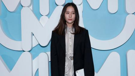 Artis asal Korea Selatan, Krystal Jung. - INDOSPORT