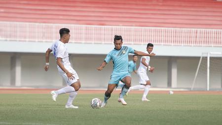 Situasi laga uji coba PSIM Yogyakarta vs Arema FC. - INDOSPORT