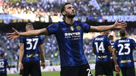 Klasemen Serie A Italia Hari Ini: Pesta Gol, Inter Milan Kokoh di Puncak. - INDOSPORT