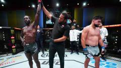 Indosport - Kemenangan Jared Cannonier atas Kelvin Gastelum di UFC Begas 34.