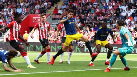 Manchester United Ditahan Southampton, 2 Pemain Ini Dianggap Sebagai Biang Kerok. - INDOSPORT