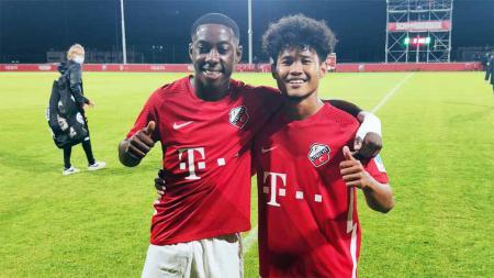 Pemain asal Indonesia, Bagus Kahfi, masuk dalam starting XI Jong Utrecht FC dalam laga persahabatan melawan klub Belgia, La Louviere Centre, Jumat (03/09/21). - INDOSPORT