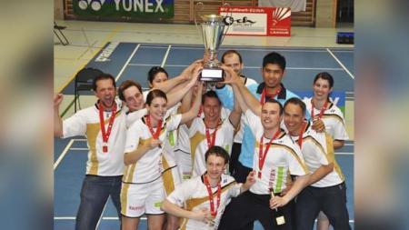 Titon Gustaman bawa tim juara di Swiss. - INDOSPORT